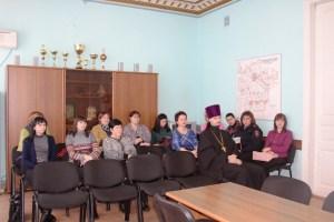 При главе Ленинградского сельского поселения прошло очередное заседание совета профилактики