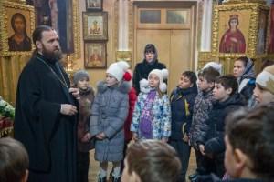Благочинный Ейского округа Церквей провел беседу с учениками 4-го класса