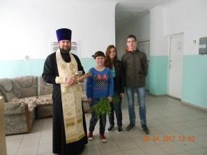 В дни празднования Входа Господня в Иерусалим в храмах Староминского благочиния прошли благотворительные акции
