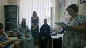 На территории Кущевской больницы прошел первый круглый стол с духовенством