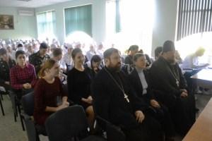 В Кущевском медицинском колледже прошел концерт в преддверии Дня народного единства и дня чествования иконы Божией матери «Казанская»