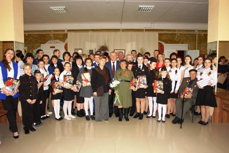В Уманском благочинии прошла презентация третьего тома книги «Письма с фронта»