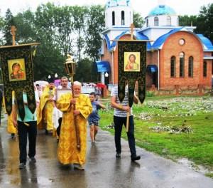 Крестный ход в поселке Октябрьский