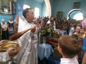 26 августа после Божественной литургии в каневском храме Покрова Пресвятой Богородицы был совершен молебен перед началом учения