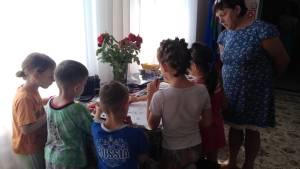 Участники МПЦ «Уманский благовест» пришли в реабилитационный центр к детям сиротам