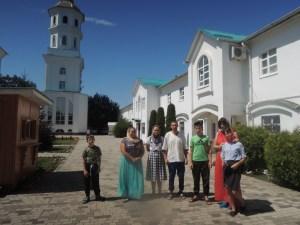 Молодежный хор прихода Казанской иконы Божьей Матери посетил святые места Апшеронского района