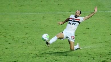 São Paulo e Flamengo Tropeçam e Inter se Aproxima da Liderança