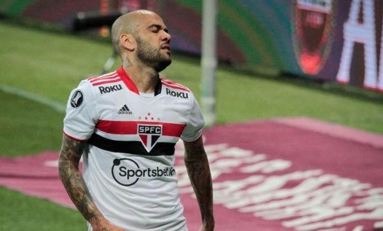 Daniel Alves Rescinde o Contrato com o São Paulo