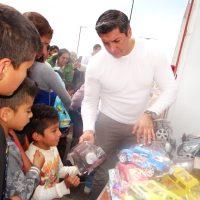 En Valle de Chalco la Casa de Todos entrega juguetes por Día de Reyes