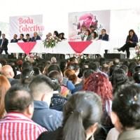 En Boda Colectiva Neza 2020 casi mil parejas contraen nupcias