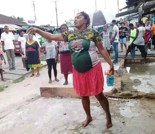 Shocking as Pregnant Woman Ran Mad After Driving Herself To The Market