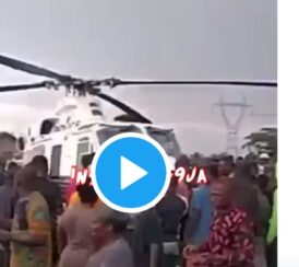 Angry youths Seize Helicopter that 'mistakenly' Landed in Oloku, Edo State