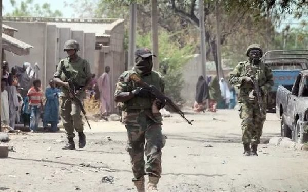 Unrest in Abia As Six soldiers, one ESN Member Allegedly Feared killed Read More at : https://ejesgist.com/unrest-in-abia-as-six-soldiers-esn-member-shot-dead.html
