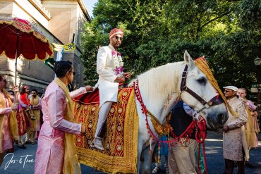 baraat horse processional for indian wedding