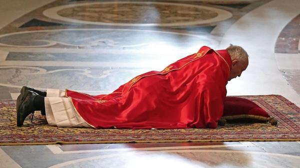 Wzmocnijmy kurs Franka!, czyli ogorszącym katolickim hejcie napapieża