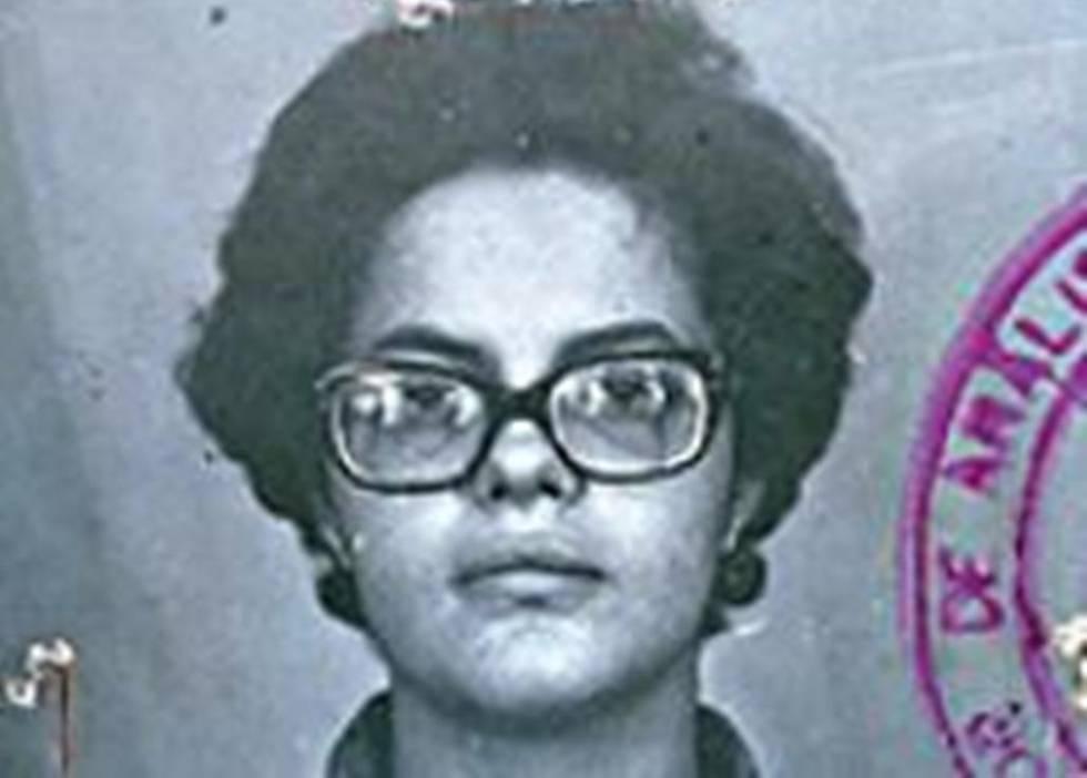 Dilma Rousseff, a los 22 años, en la foto de la ficha policial.