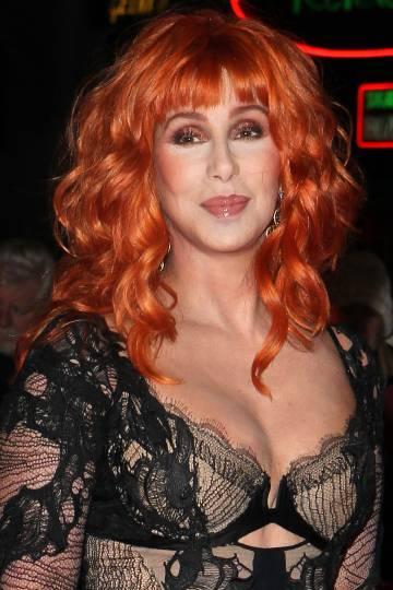 Cher, que se mantiene en plena forma pese a estar próxima a los 70.