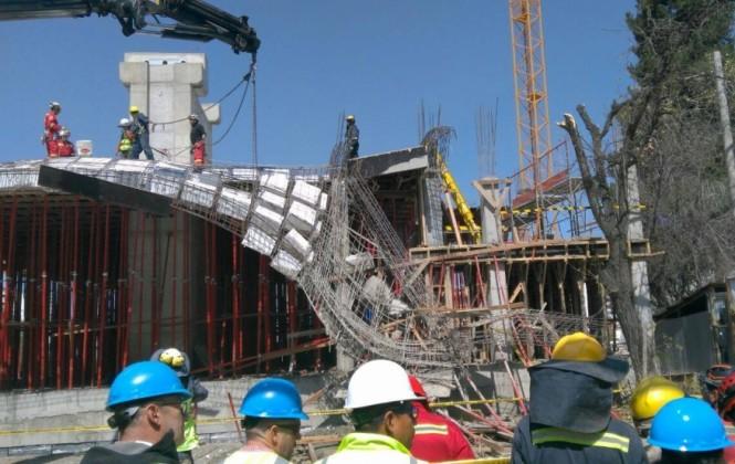 Suman 10 los heridos por el accidente en la construcción del teleférico en La Paz