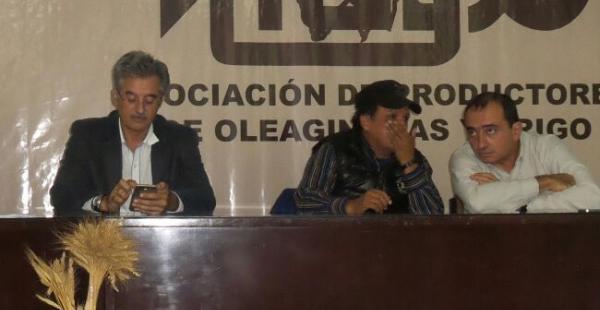 Julio Roda, presidente de la CAO, Remo Pérez, director nacional de la DGSC y Reinaldo Días, presidente de Anapo
