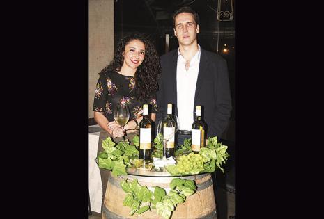 Paulina Bascon y Luis Pablo Granier (gerente general de Campos de Solana)