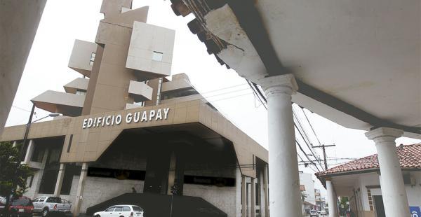 El edificio Guapay de la calle Sucre y Potosí está precintado