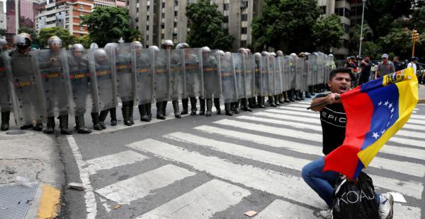 Las protestas son constantes en Venezuela, país que tiene la inflación más alta del mundo, los opositores piden un referendo para revocar el mandato de Maduro