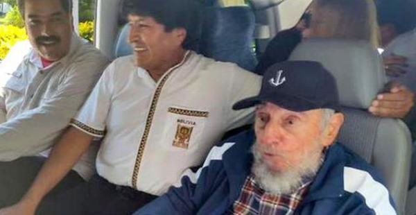 Evo dijo que Fidel sigue escribiendo sus reflexiones