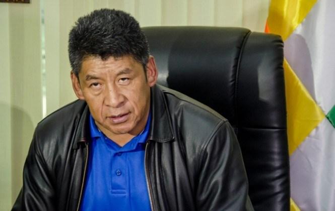 """Senador Montes: """"Yo no estoy de acuerdo con la situación que haya firmas para la repostulación"""
