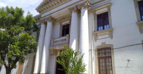 El gobierno local de Tarija siente los efectos de la caída del precio internacional del petróleo