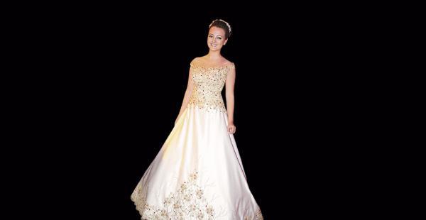 Rosario Suárez Salvatierra. La quinceañera vistió un hermoso vestido creado por la diseñadora Ángela Razuk