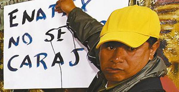 Los exobreros de la estatal Enatex no se resignan