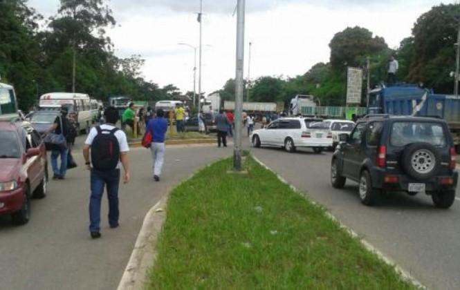 Gobernación cruceña ve afanes políticos en amenaza de bloqueo de alcaldes del MAS