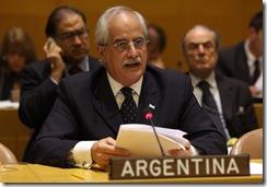 Nueva York, Junio 18 de 2009. El Canciller Jorge Taiana durante su discurso ante el Comité de Descolonización de las Naciones Unidas.