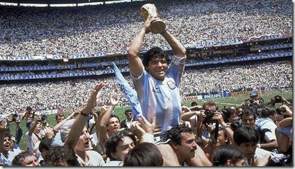 mito_Maradona_cumple_anos
