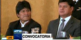 Presidente Evo Morales convocó a las FFAA a defender de agentes externos a la patria
