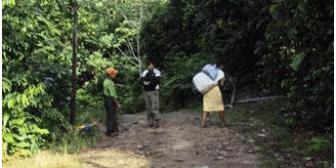 Los colonos ponen trabas a la libre circulación por el TIPNIS