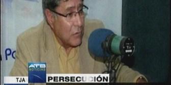 Ex jefe de las FFAA se declara en la clandestinidad, denuncia persecución política