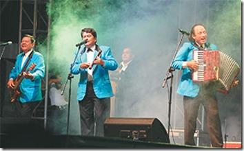 El productor Daniel Saldías asegura que hay expectativa por la llegada de los músicos.