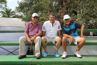 Espectadores. Julio Campos, Javier Velarde y Mario Saucedo