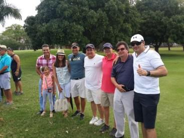 Ernesto Justiniano, Danna Justiniano, Estefanía, Hernán Suárez, Ramiro Flores, Chicho Gutiérrez, Alberto Landívr y Chico