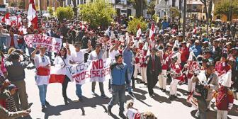 El No y demanda de federalismo divide el festejo de Potosí