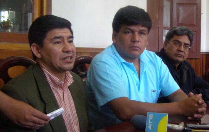 Transporte de Chuquisaca advierte con romper alianza con el MAS y con expulsar a un senador