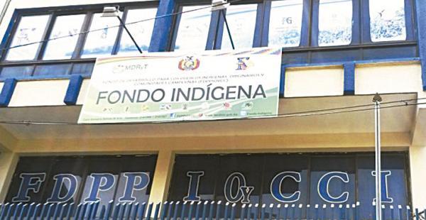 Los recursos del IDH para el Fondo Indígena fueron desviados