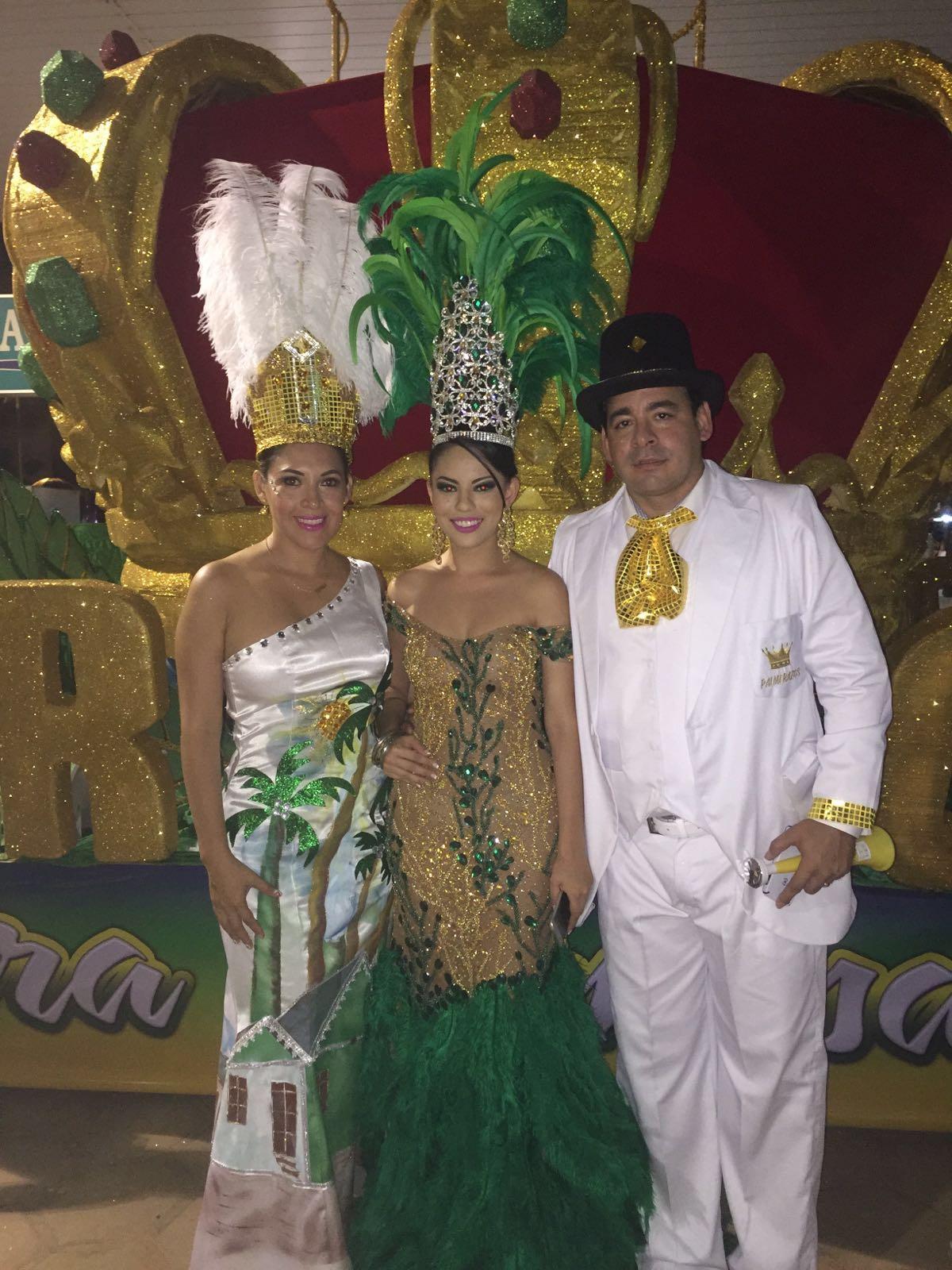 Gisselle I junto a los esposos Johanns Arduz y Mónica Cadena