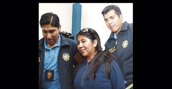 Cristina Choque, directora de Gestión Social del Ministerio de la Presidencia, fue aprehendida ayer