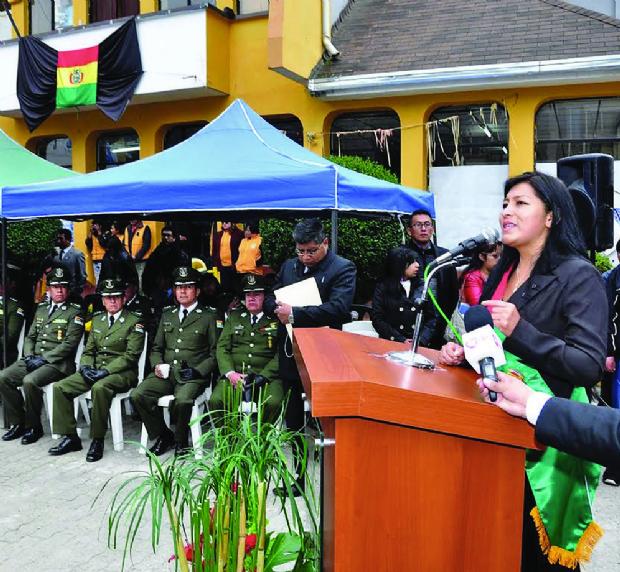 """La Sole: """"Si respetan la ciudad de El Alto, déjennos trabajar"""""""
