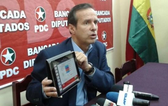 """Tuto protesta que Evo pida reunión para que UNASUR defienda a """"corruptos"""""""