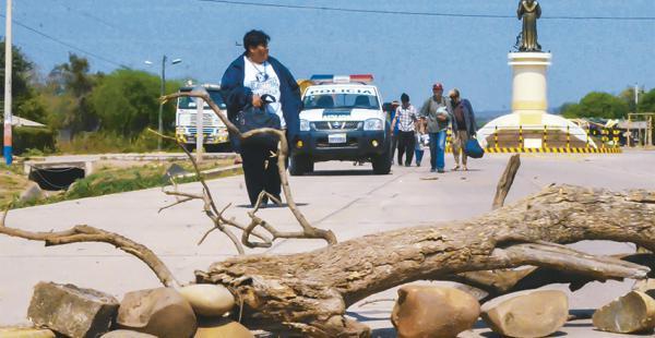 La comuna de Villa Montes cumplió el sexto día de paro indefinido