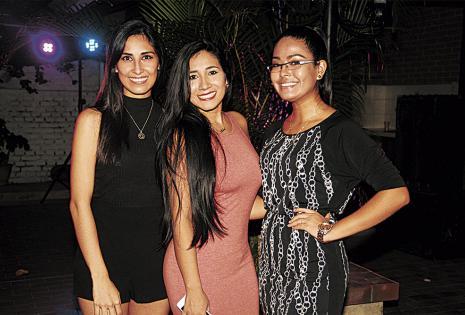 Ana Karina Leigue, Isabel Grimaldes y Alejandra Ballivián