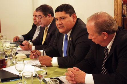 El IBCE llama a unir fuerzas  entre sector público y privado